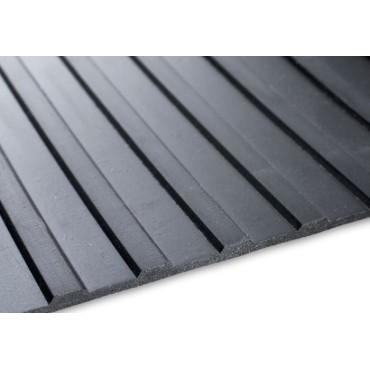 3mm - Bredräfflad gummimatta - 1800mm