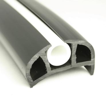B-formad relingslist - PVC168 - SVART